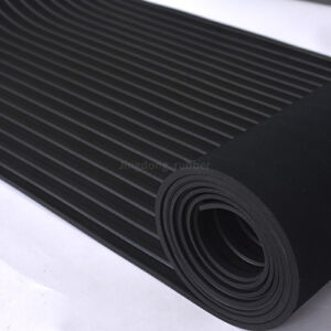 Broad Ribbed Rubber Flooring